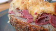 This Reuben Casserole makes for the perfect lunch or dinner. Consisting of corned beef, sauerkraut, Swiss cheese, and dressing, it has all the hallmarks of the favorite sandwich.