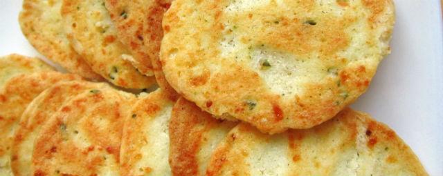 Rosemary Cheese Crackers